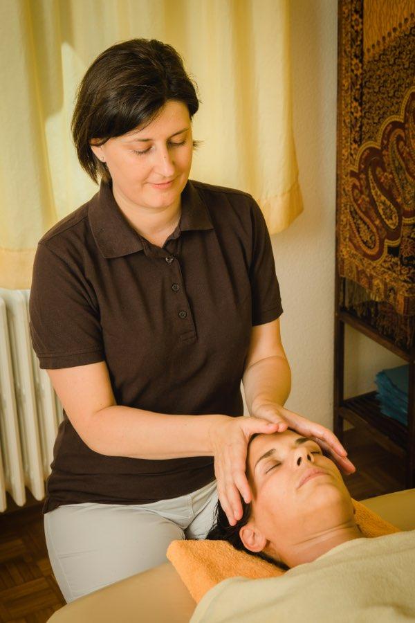 Ayurveda Massage in Brig, Schweiz mit Ayurveda Therapeutin Diana Lauber